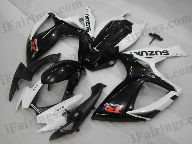 2006 2007 Suzuki GSXR600/750 white and black fairing sets.