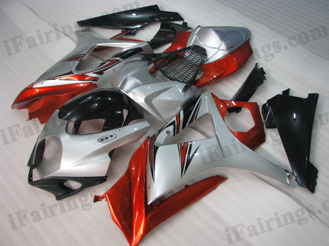 2007 2008 Suzuki GSXR1000 red, silver and black fairing kits.