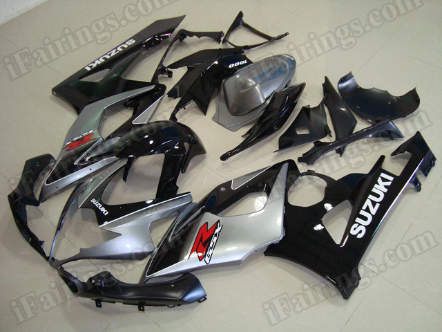 Motorcycle fairings/body kits for 2005 2006 Suzuki GSXR 1000 silver and black.
