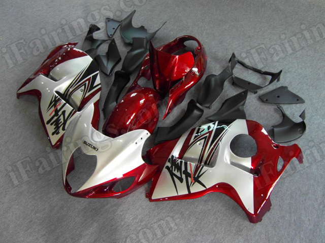 OEM quality Suzuki GSXR1300 Hayabusa 1999 to 2007 red and silver fairing kits.