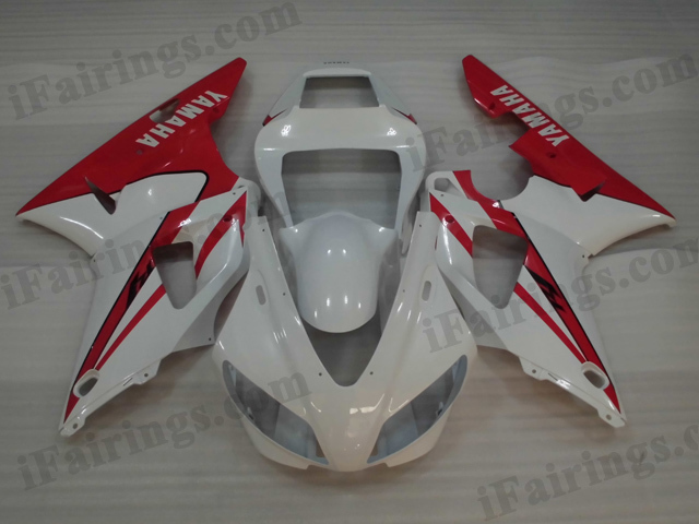 1998 1999 Yamaha YZF-R1 white and red fairing kits.