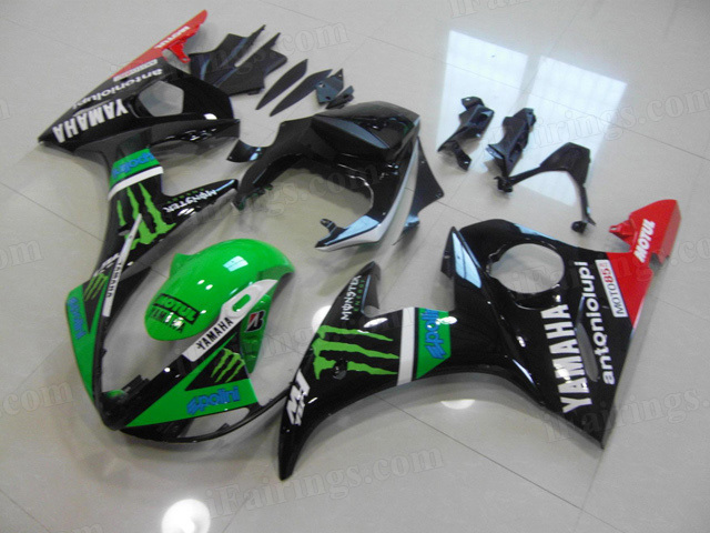 2003 2004 2005 Yamaha YZF R6 green and black monster graphic fairings.
