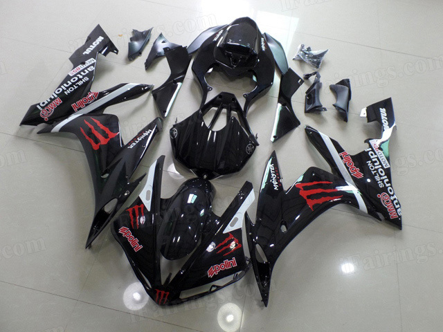 2004 2005 2006 Yamaha YZF R1 black fairing kits with monster symbol.