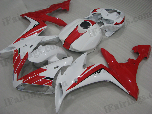 2004 2005 2006 Yamaha YZF-R1 red and white fairing kits.