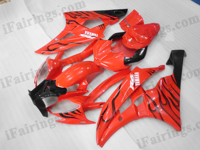 2006 2007 Yamaha YZF-R6 red and black flame fairing kits.