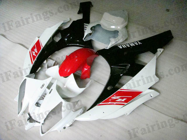 2006 2007 Yamaha YZF-R6 red, white and black fairing kits.