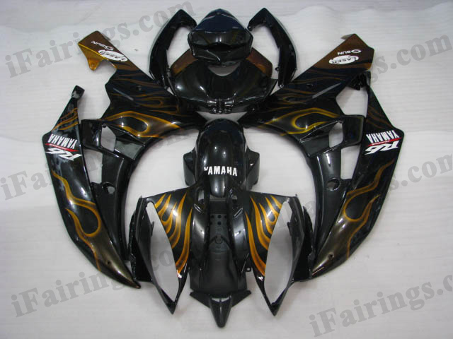 2006 2007 YZF R6 black and gold flame fairings