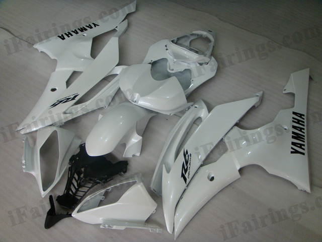 2008 to 2015 Yamaha YZF-R6 white fairing kits.