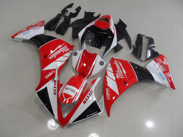 2012 2013 2014 Yamaha YZF R1 red and black fairing kits.