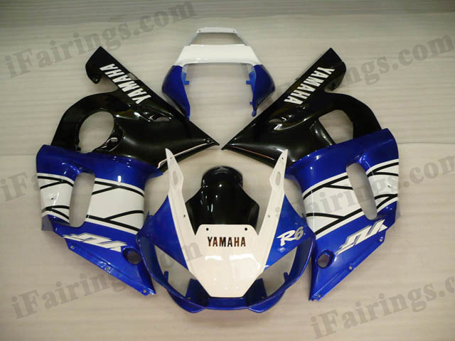 Aftermarket fairings for 1999 to 2002 YZF R6 white/blue/black graphics