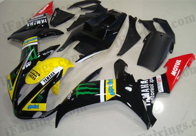 aftermarket fairings for 2002 2003 YZF R1 Monster decals graphic.