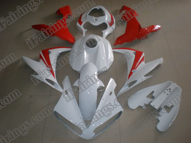 Custom fairings for 2004 2005 2006 YZF R1 red/white graphics.