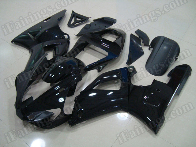 Motorcycle fairing sets for Yamaha R1 2000 2001 glossy black.