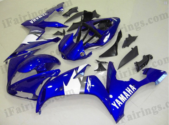 Custom fairings for 2004 2005 2006 YZF R1 candy blue scheme.