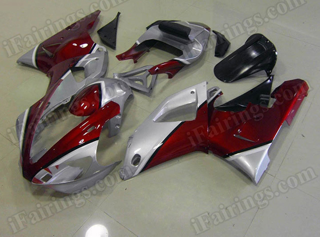 Motorcycle fairings/body kits for 2000 2001 Yamaha YZF R1 candy red and silver.