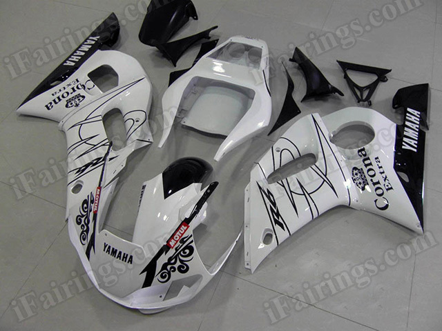 Motorcycle fairings/body kits for 1999 to 2002 Yamaha YZF R6 White Corona replica.
