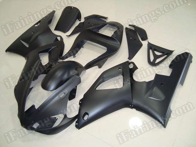 Motorcycle fairings/body kits for 2000 2001 Yamaha YZF R1 all matte black.