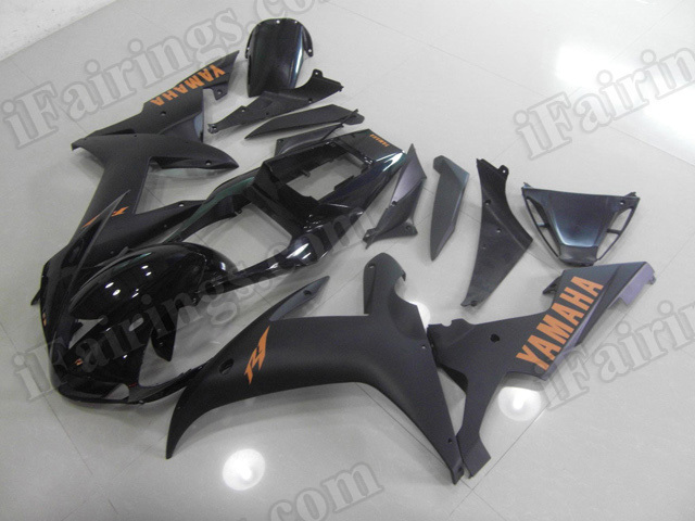 Motorcycle fairings/body kits for 2002 2003 Yamaha YZF R1 matte black.