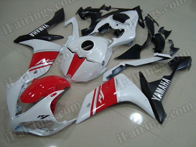 Motorcycle fairings/body kits for 2007 2008 Yamaha YZF R1 red, white and black.