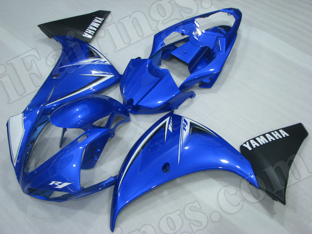 Motorcycle fairings/body kits for 2009 2010 2011 Yamaha YZF R1 blue and black.