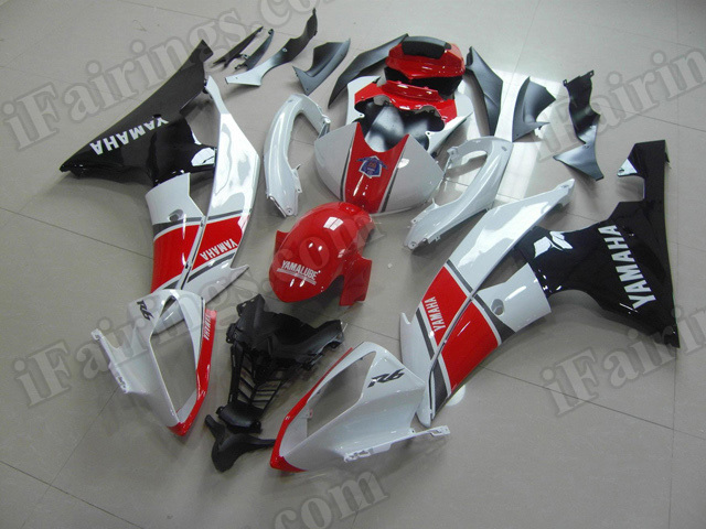 Motorcycle fairings/body kits for 2008 to 2015 Yamaha YZF R6 red, white and black.