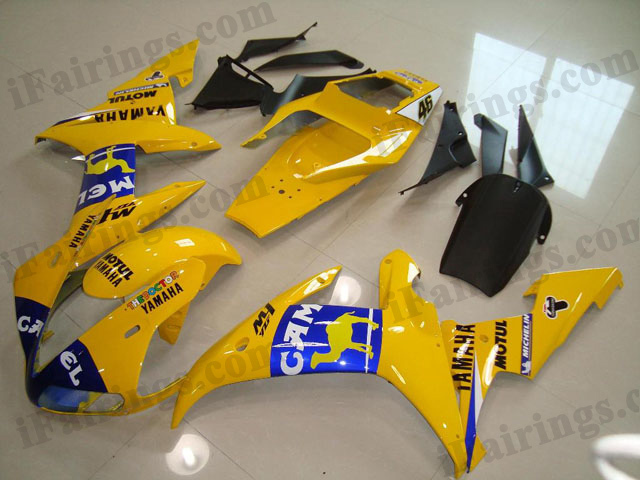 Replacement fairings and body kits for 2002 2003 YZF R1 Camel decals.