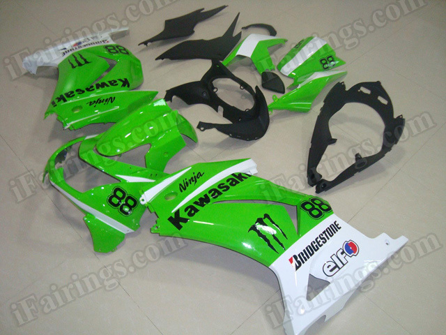 100% precise fitment fairing kits for Kawasaki Ninja 250R EX250 2008 to 2012 in green and white