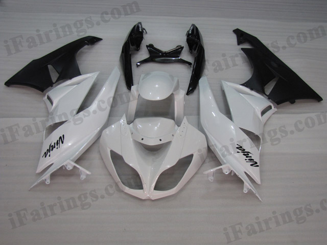2009 2010 2011 2012 Kawasaki ZX6R ZX636 Ninja white and black fairing kits.
