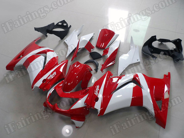 aftermarket fairings/bodywork for Kawasaki Ninja 250R EX250 2008 to 2012 red and white.