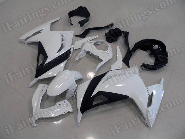 Motorcycle fairings for Kawasaki 2013 2014 2015 Ninja 300 white and black.