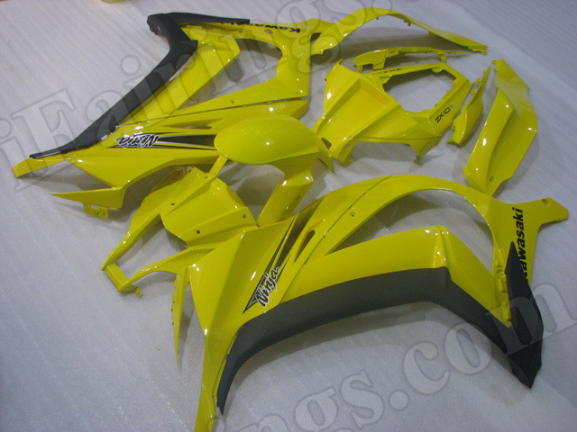 Motorcycle fairings/bodywork for 2011 to 2015 Kawasaki Ninja ZX10R yellow and black.