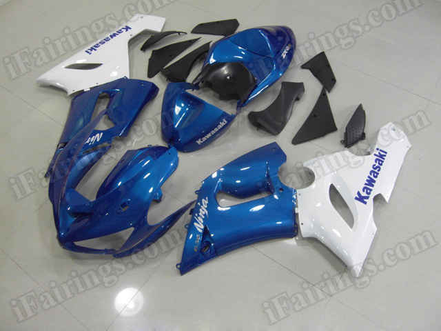 Motorcycle fairings/bodywork for Kawasaki 2005 2006 Ninja ZX6R blue and white.