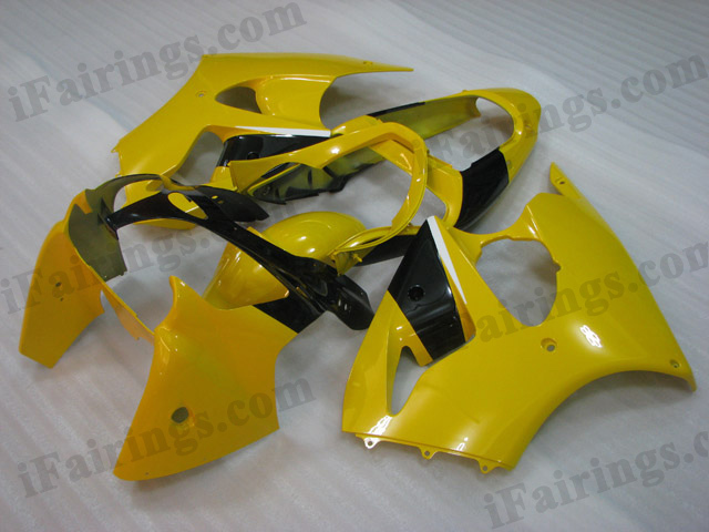 Motorcycle fairings for Kawasaki Ninja ZX6R 2000 2001 2002 yellow and black.