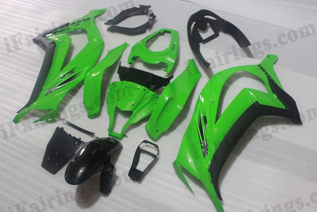 Motorcycle fairings/bodywork for 2011 to 2015 Kawasaki Ninja ZX10R OEM color green and black.