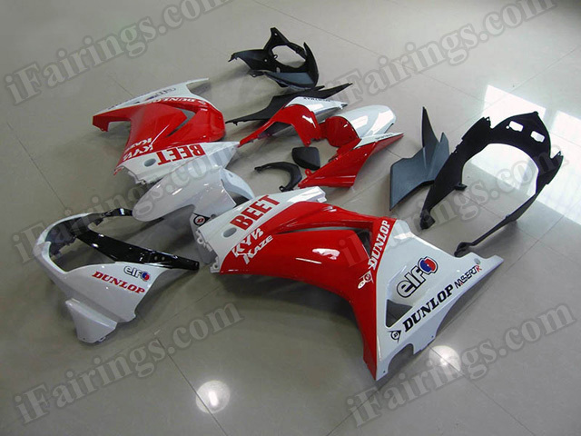 Motorcycle fairings/bodywork for Kawasaki Ninja 250R EX250 2008 to 2012 red and white.