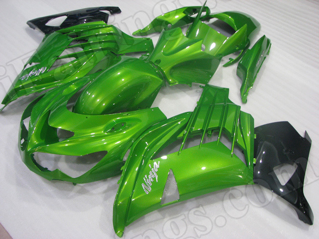 Motorcycle fairings/bodywork for Kawasaki Ninja ZX14R 2012 to 2015 green and black.
