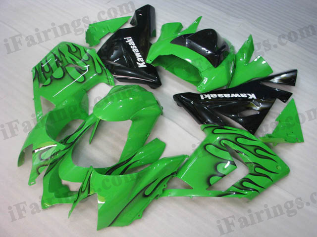 ZX10R 2004 2005 green and black flame fairings, 2004 2005 ZX10R flame scheme..