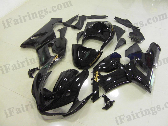 ZX6R 636 2005 2006 glossy black fairings, 2005 2006 ZX6R decals.