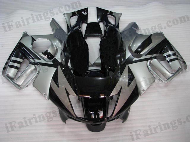 1997 1998 Honda CBR600 F3 black and silver fairing kits.