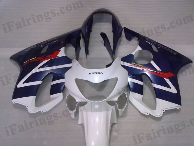 1999 2000 Honda CBR600 F4 white and blue fairing kits.
