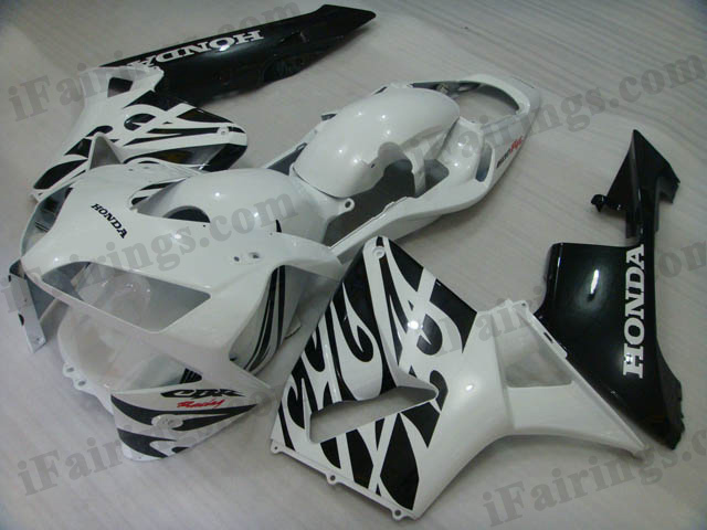 2003 2004 CBR600RR matt white and matt black fairing sets.
