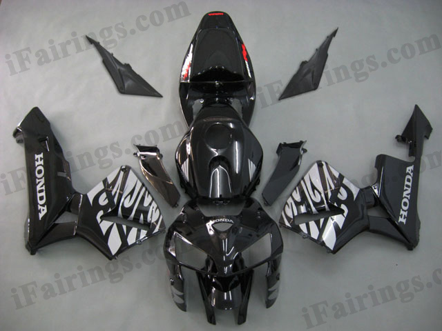 2005 2006 CBR600RR black and flame body kits.