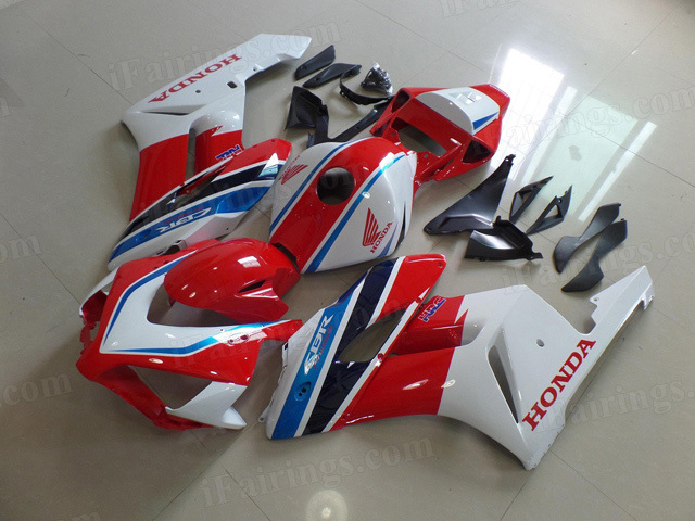 2004 2005 Honda CBR1000RR HRC factory paint scheme fairing red and white.