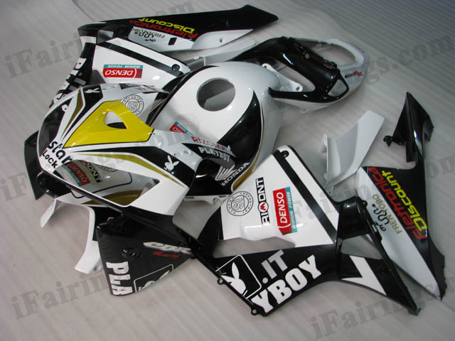 2005 2006 CBR600RR playboy fairings.