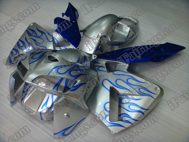 2005 2006 CBR600RR silver and blue flame fairings