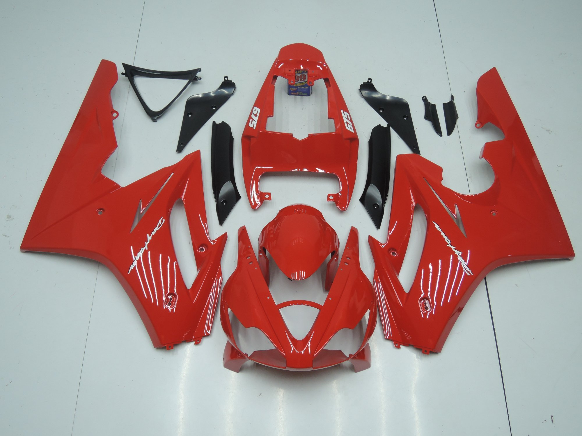 TRIUMPH DAYTONA 675 2006 2008 ALL RED
