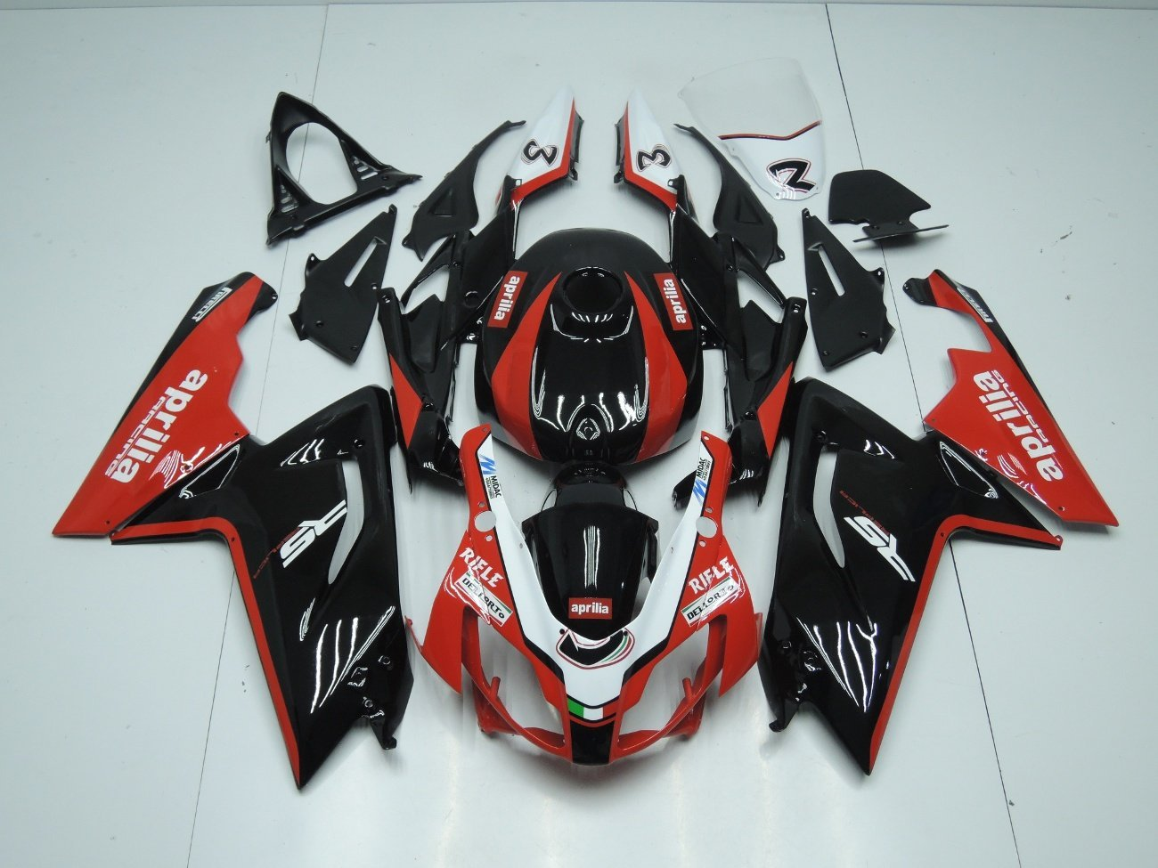 RS125 2006 2011 BLACK AND RED 2