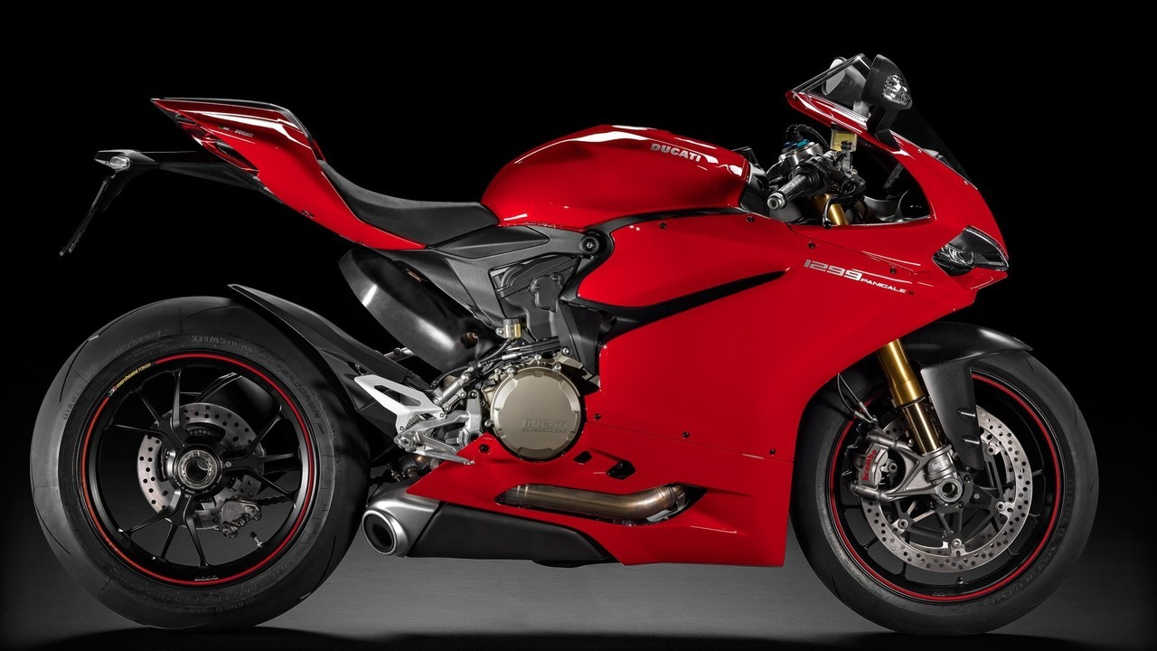 Ducati 1299 Panigale Red Fairing Kit.