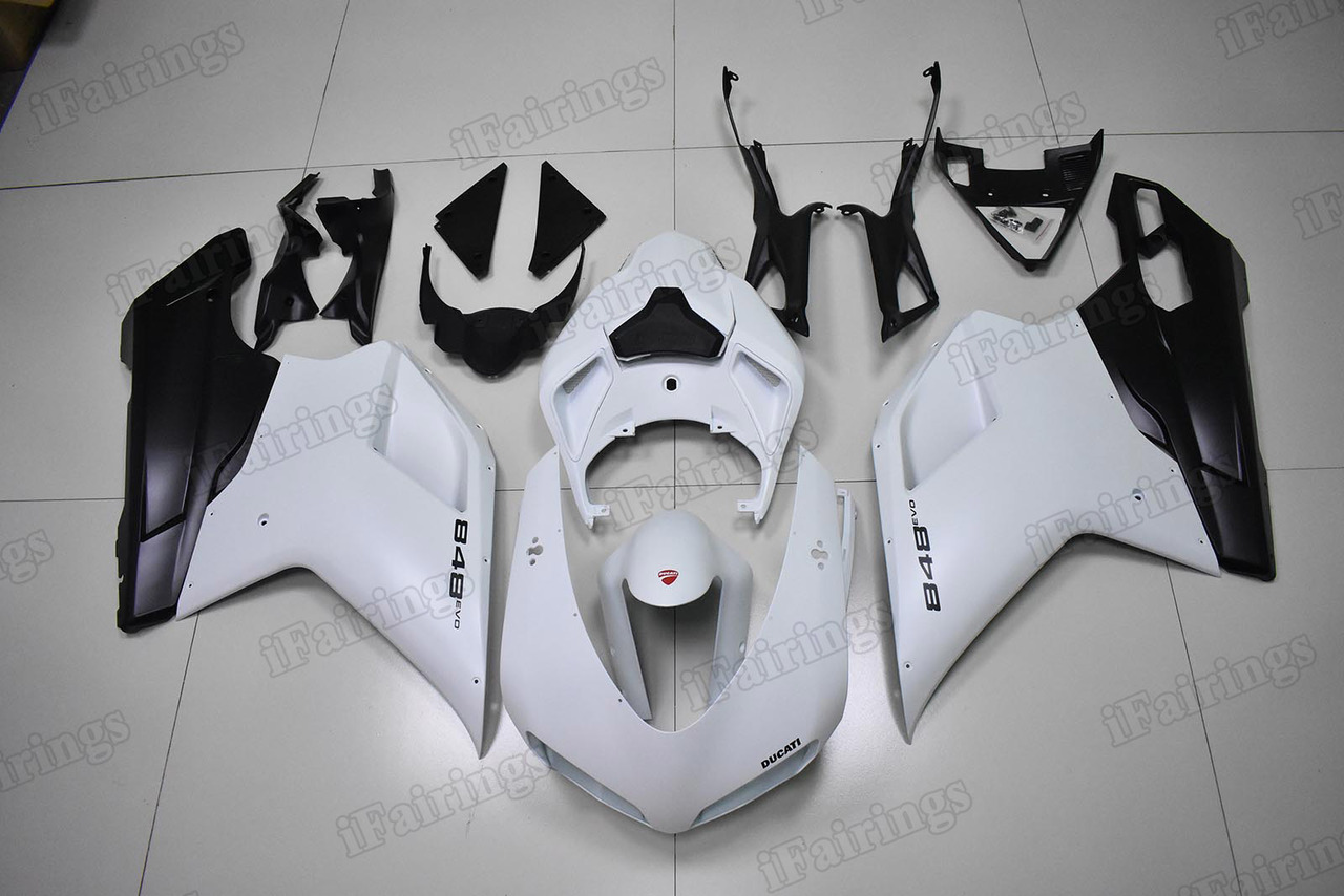 aftermarket fairings for Ducati 848/1098/1198 EVO white and black.
