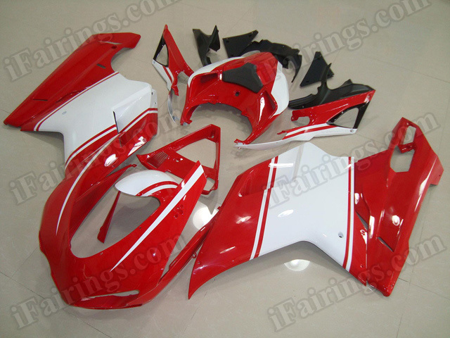 aftermarket fairings/bodywork for Ducati 848/1098/1198 red and white.